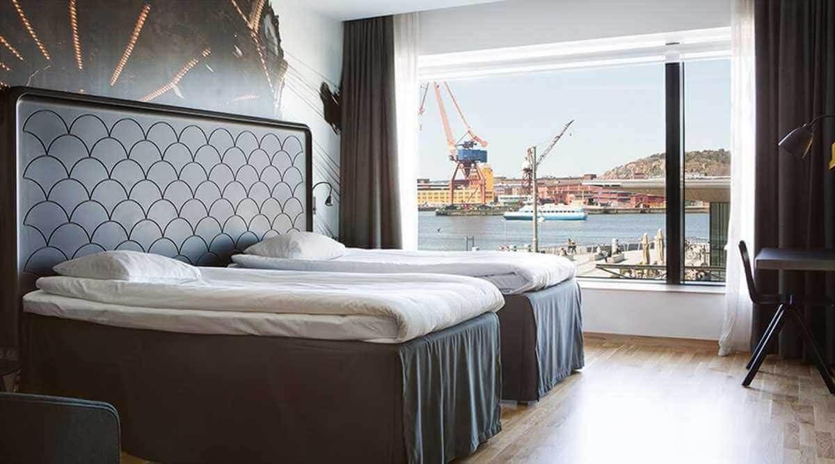 Vacker utsikt över hamnen från Comfort Hotel i Göteborg